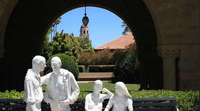 Tăng cáo buộc cho nhà nghiên cứu Đại học Stanford có tham gia với quân đội Trung Quốc
